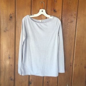 Long sleeved soft light gray tee shirt euc classic